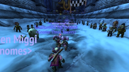 Look at all the gnomes cheering us on as we enter Ironforge!!!